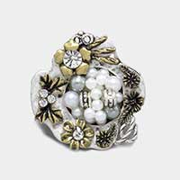 Pearl cluster & metal flowers stretch ring