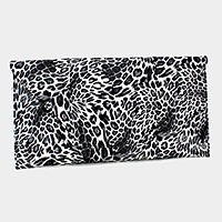 Leopard envelope clutch bag with detachable strap