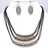 3-Row Curved Filigree Pendant Necklace