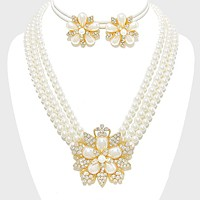 PEARL BLOOM 3-ROW NECKLACE