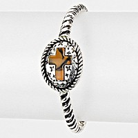 Cross Accented Stretchable Bracelet