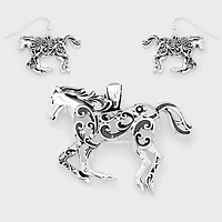Filigree Horse Pendant Set