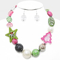 Glitter Bead & Pearl Christmas Necklace