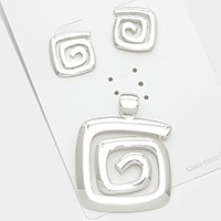 Swirl metal pendant set
