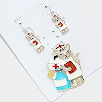 Enamel nurse cat magnetic pendant set