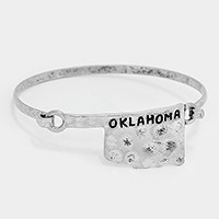 Oklahoma state map hammered metal hook bracelet