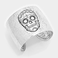 Day of the dead skull _ hammered metal cuff Bracelet