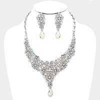 Crystal rhinestone flower cluster evening necklace