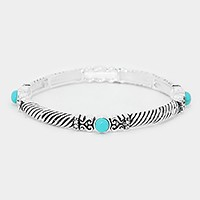 Embossed metal turquoise stretch bracelet