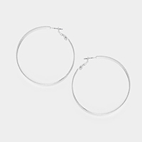 Textured metal hoop earrings