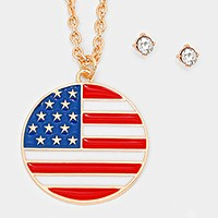 Enamel American flag pendant necklace