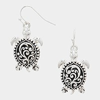Metal filigree turtle earrings