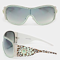 Crystal trim one piece lens sunglasses