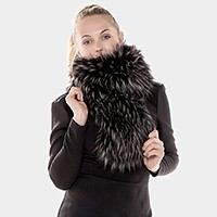 Oblong faux fur scarf