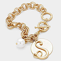 'S' MONOGRAM DISC CHARM LINKED CHAIN BRACELET