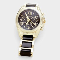 Color block roman numeral dial oyster band watch