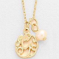 'G' monogram pendant necklace with pearl charm