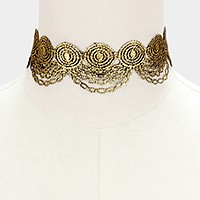 Reversible embroidered lace choker