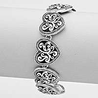 FILIGREE HEART LINK MAGNETIC BRACELET
