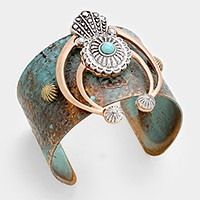 Turquoise detail tribal metal double horn cuff bracelet