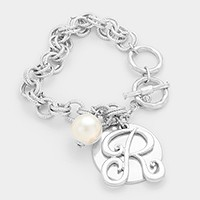 'R' MONOGRAM DISC CHARM LINKED CHAIN BRACELET