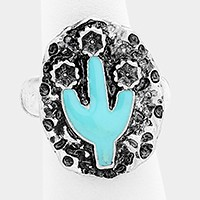 Enamel cactus & hammered metal stretch ring