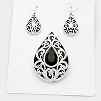 Filigree teardrop pendant set