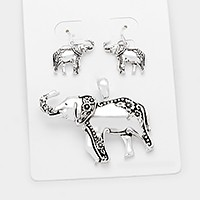 Antique metal elephant pendant set
