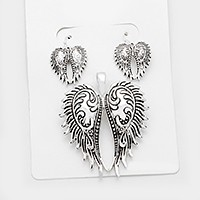 Antique metal wings pendant set