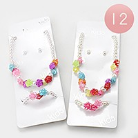 12 Sets - Pearl flower necklaces + bracelets
