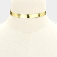 Metallic faux leather choker necklace