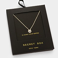 14 K gold dipped crystal cat pendant necklace with secret box