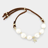 Freshwater pearl & faux suede bracelet with starfish charm
