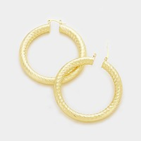 6 cm Textured metal hoop pin catch earrings