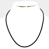 Basic cord necklace