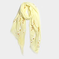 Embroidered leaf oblong scarf