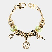 'G' Monogram & heart key charm multi-bead bracelet