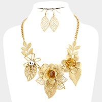 Metal flower vine necklace