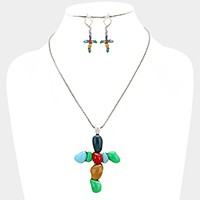 Magnetic pebble cross pendant necklace