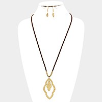 Hammered moroccan hoop pendant & long faux suede necklace