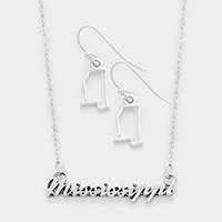 Mississippi pendant necklace