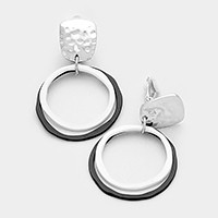 Lacquered monotone metal double hoop clip on earrings