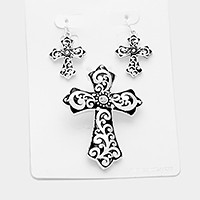 Filigree cross pendant set