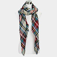 Plaid check scarf with frayed hem