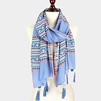 Aztec pattern thread jacquard scarf with tassels
