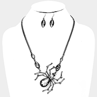 Glass crystal spider necklace