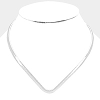 Hammered metal open choker necklace
