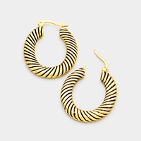 Embossed metal hoop pin catch earrings