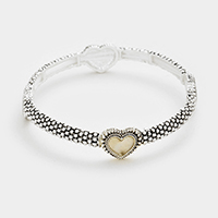Mother of pearl heart stretch bracelet