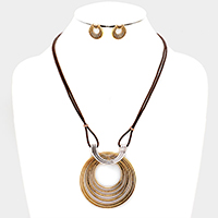 Swirl Metal Thin Leather Necklace